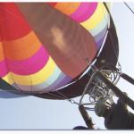 【駐在さん便り】空一面を彩る 熱気球琵琶湖横断大会 | MBS 関西のニュース