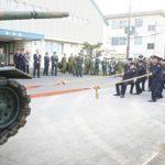 戦車との綱引きも 陸自今津駐屯地で成人行事:滋賀:中日新聞(CHUNICHI Web)